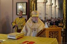 Свято-Покровский кафедральный собор, Архиепископ Артемий